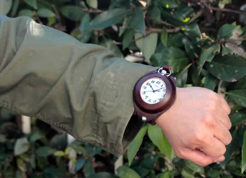懐中時計がカッコイ腕時計に変身