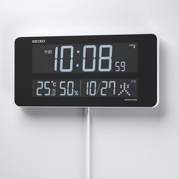 SEIKO セイコー デジタル 電波 掛け置き兼用時計 シリーズC3 DL208W  壁に掛けた状態
