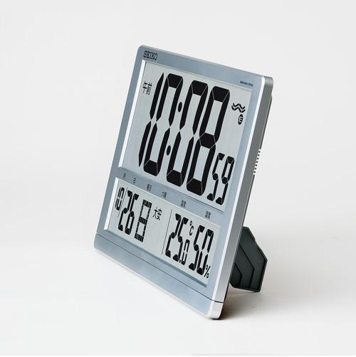 SEIKO セイコー デジタル 電波 掛け置き兼用時計 SQ433S スタンド使用例