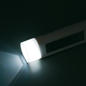 セイコー(SEIKO)デジタル電波クロック置き時計 SQ765W LEDライト(点灯時)